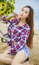 艾小青_长腿沙滩写真